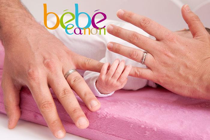 photos-mains-de-bébé